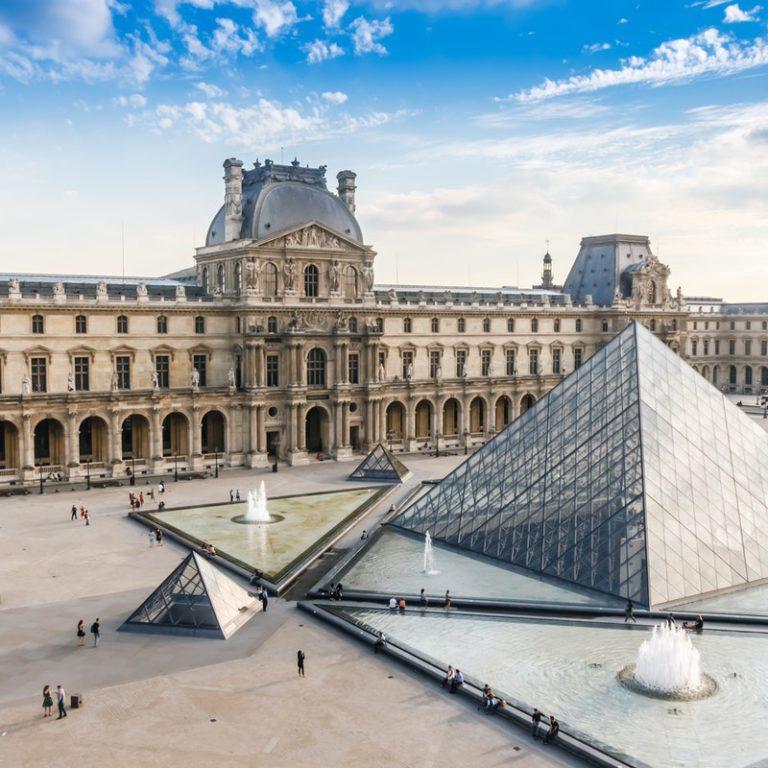 Экскурсия по Лувру